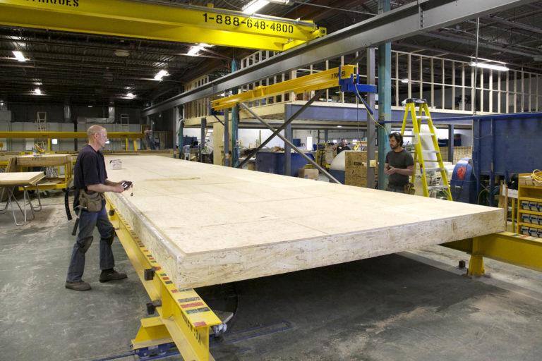 laprise-hom-usine-plancher